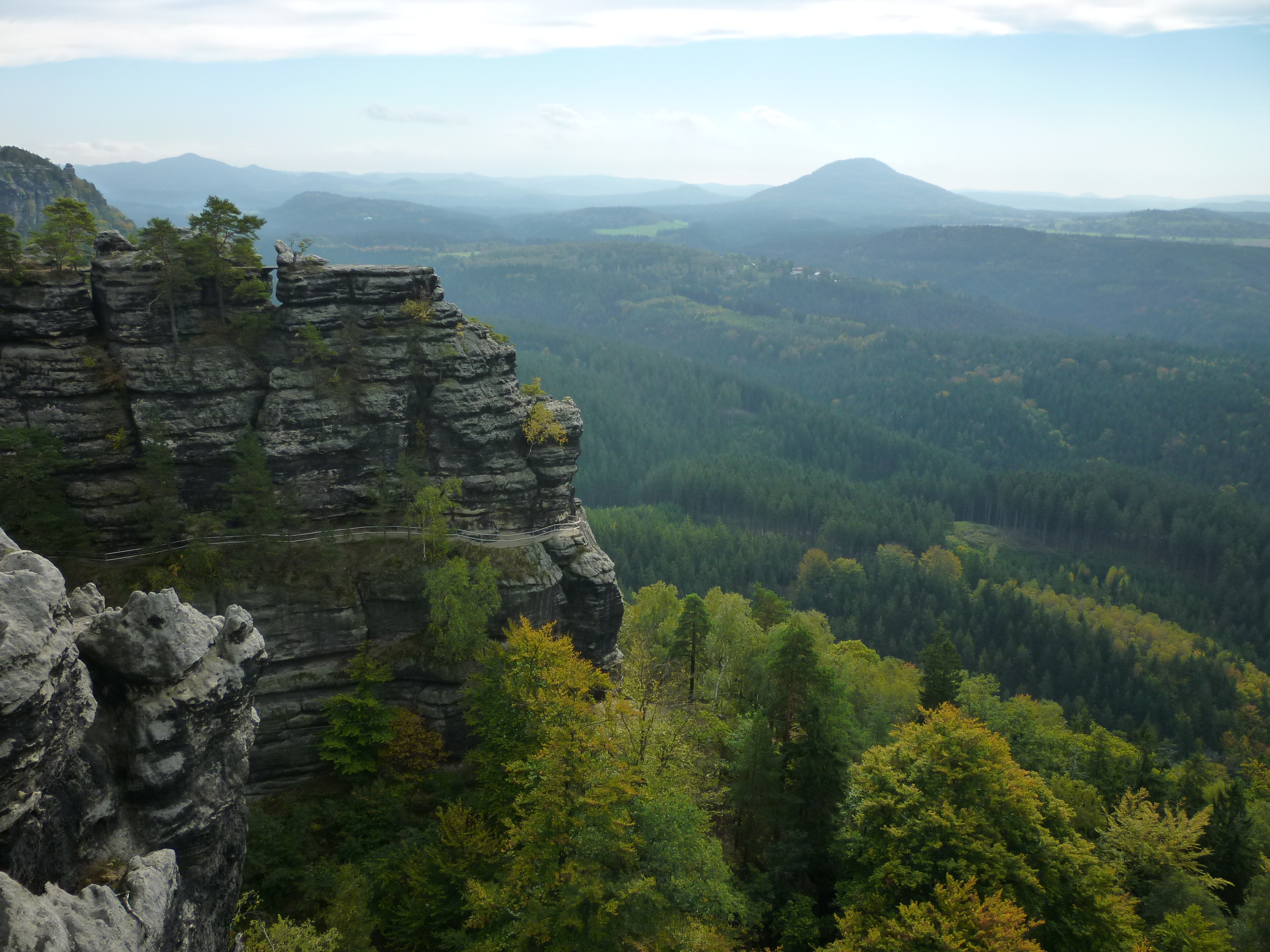 Hiking the Bohemian Paradise sandstone rock towns