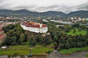 Děčín Castle with its beautiful rose garden
